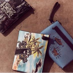 低至7.5折 收涂鸦奇才Keith Haring系列Coach 男士包包、潮服、男士配饰热卖
