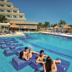 From $6493-, 4-, 6-, 7-Night All-Inclusive Hotel Riu Caribe Stay