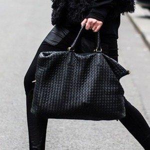 8折 经典款编制包别错过Bottega Veneta 美包、鞋履、配饰热卖