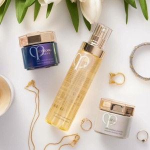 Receive Complimentary Essential Regimen BonusWith any Purchase of $150+ @Cle de Peau Beaute
