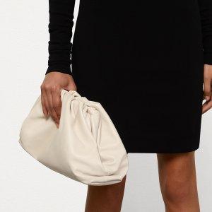 8.5折Bottega Veneta 鞋包热卖 入手超火云朵包,编织纹卡包