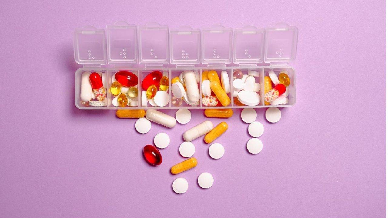 加拿大药房取药指南 | 各省对处方药有哪些补贴?如何省配药费?取药的英语怎么说?