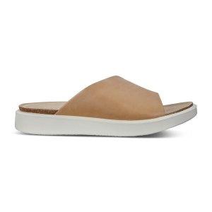 ECCO凉鞋
