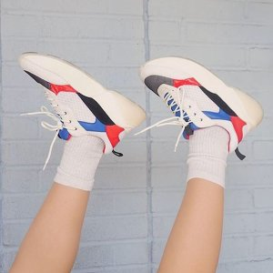 25% OffSitewide @ Shoes.com