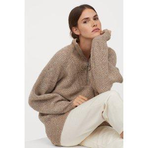 H&M浅棕长款拉链领毛衣
