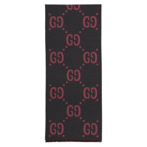 Gucci美国官网定价$460灰粉双面围巾