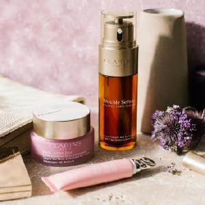 Free 10-Pc GiftClarins Skincare Sale