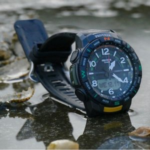 7.3折 $195.92(原价$269.99)Casio PRO TREK PRT-B50-1CR 男士户外蓝牙运动手表