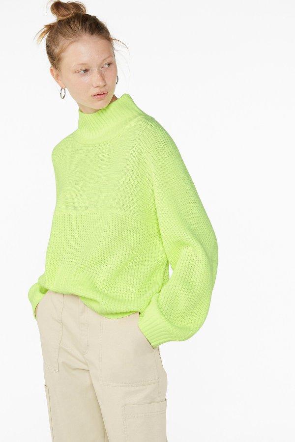 荧光绿毛衣