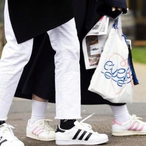 金标贝壳头仅¥299(原价¥599)精选运动鞋会员日超值直降 vans经典款¥267,puma拖鞋¥79