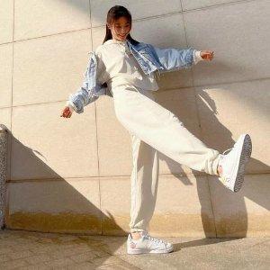 低至6折+额外8折adidas 奶油白专场 OZWEEGO小椰子、新款卫衣 秋季大促