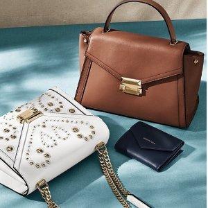 Up to 58% Off+Free GiftSelelct MICHAEL Michael Kors Handbags @ Bloomingdales