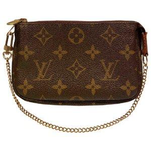 Louis VuittonPochette 老花腋下包
