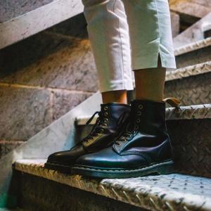 低至2.5折+额外7折,封面款$97.97Shoes 精选男女款美鞋热卖 折扣升級