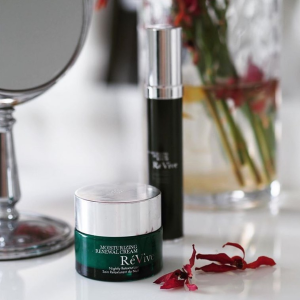 $25 off +4-Pc GiftDealmoon Exclusive: Revive Skincare Event