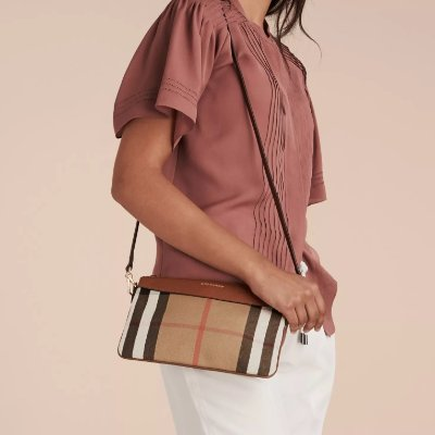 bb80866d17ac Expired Up to 40% Off + Up to 22% Off + 3% Rebate Burberry Event   Reebonz