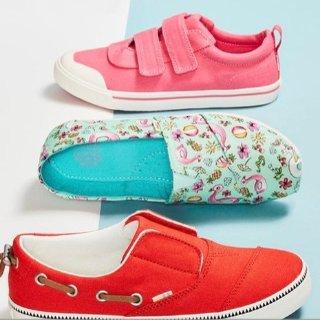 $20起TOMS 儿童休闲布鞋热卖 轻巧透气好选择
