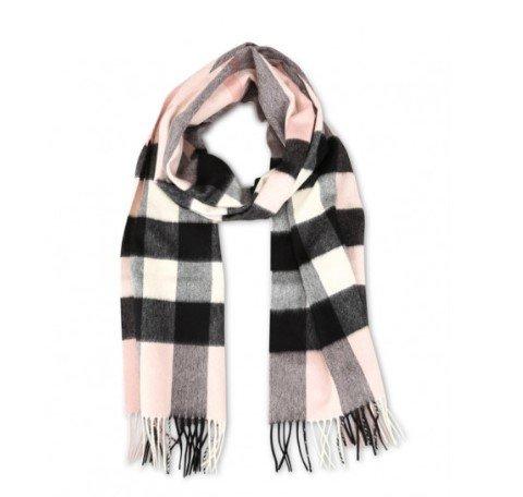 粉格纹围巾