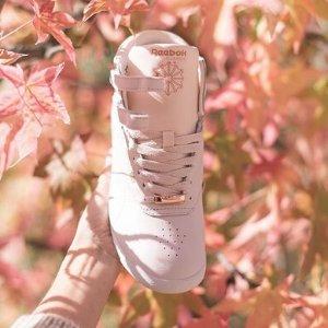低至5折+额外7.5折 £34收封面款限今天:Reebok Classics系列粉色款潮鞋促销热卖