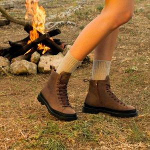 Camper马丁靴