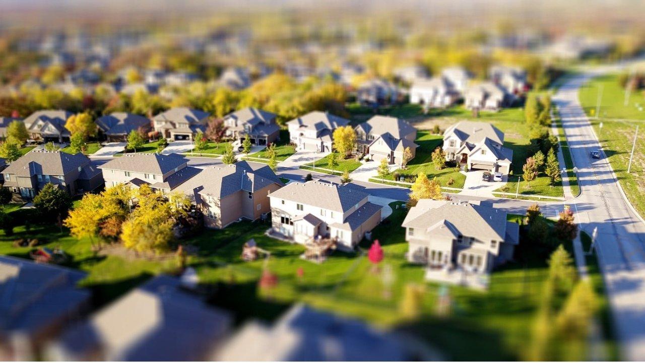 美国买房必看HOA常识|钱花到哪了?都有什么限制?不付HOA费会怎样?如何投诉?