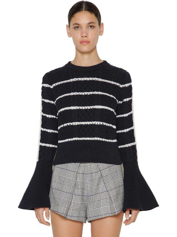喇叭袖条纹毛衣