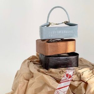 2折起+叠85折 €310收封面Rejina Pyo 小众品牌热卖 摩登又复古 收ins博主人手一个饭盒包