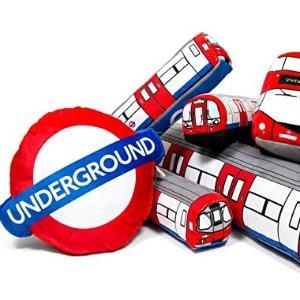 封面抱枕£11起伦敦玩具公司 经典地铁标识、双层巴士、哈利波特周边热卖