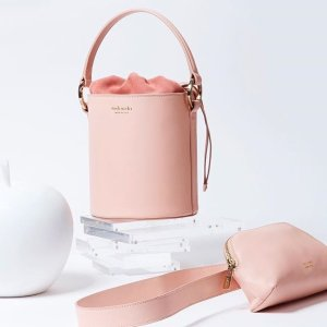 30% OffSelect Handbags @ meli melo