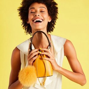 Up to 50% OffReebonz Select Designer's Handbags on Sale