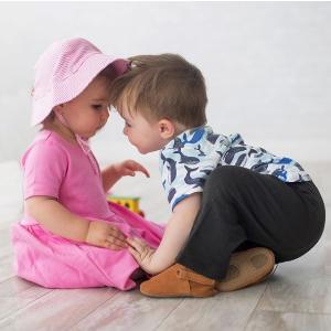 8折 小鞋子舒适柔软,小宝宝必备独家:Zutano 宝宝服饰、鞋履等全场特卖 材料天然,不致敏