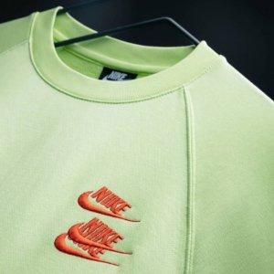 2.7折起!T恤£12 外套£72Nike Swoosh 糖果色卫衣、T恤再降价 最火潮牌低价入