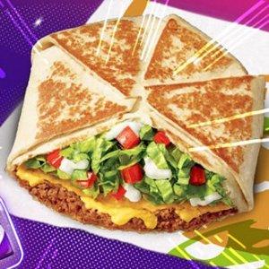 每个$3.49 限时免费领取Tacobell 三种馅料双层卷饼回归 套餐仅$5 另含taco和大饮料