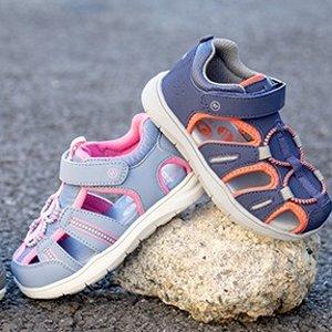 一律$19.95 适合胖脚丫Stride Rite Miighty 360 系列包趾凉鞋及运动鞋促销