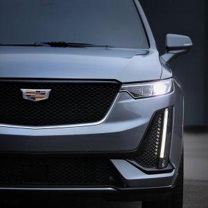 介于XT5和凯雷德之间底特律车展 2020 Cadillac XT6 三排座SUV