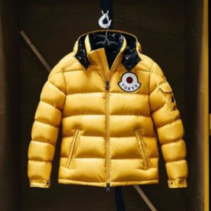 低至3折 £727收Woolrich拼色羽绒服SSENSE 羽绒服大衣 年末大促 收北脸、Woolrich、皮草夫妇