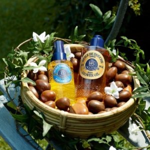 Up to get 10-pc Free Giftwith Select Purchase @ L'Occitane