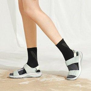 ECCO Women's X-trinsic Sandal@Amazon.com