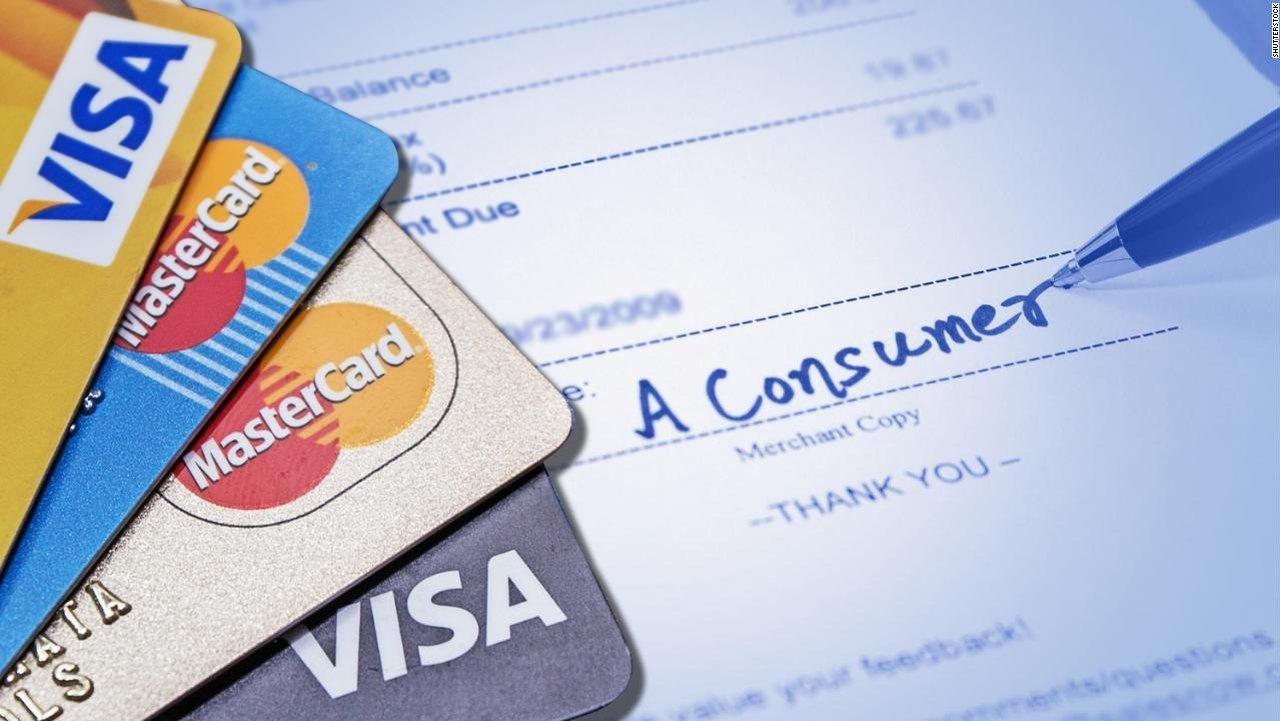 信用卡小贴士:返现 vs 年费,哪张SimplyCash卡更适合你?