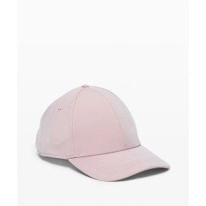 Lululemon粉色帽子