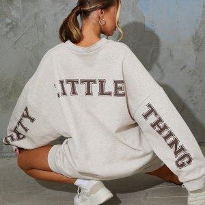 低至4折 £22收封面卫衣上新:PrettyLittleThing 全场闪促 鬼马女孩的穿搭小宝库