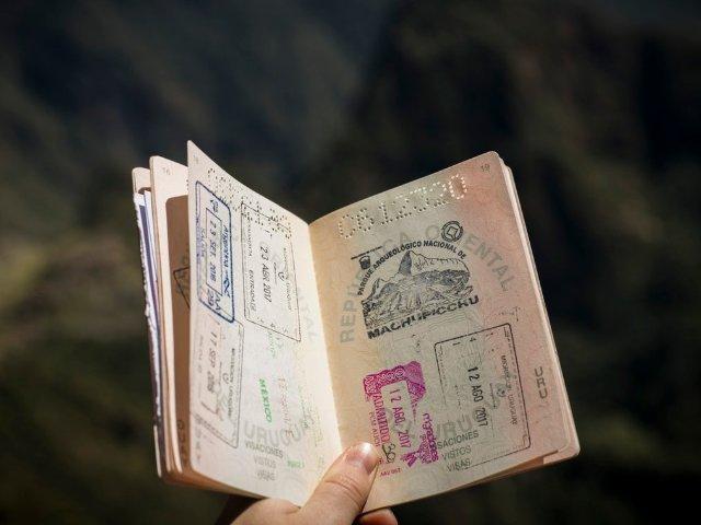 美宝更新旅行证,父母一方不在场?我...