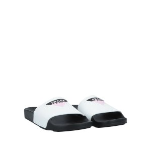 Prada拖鞋
