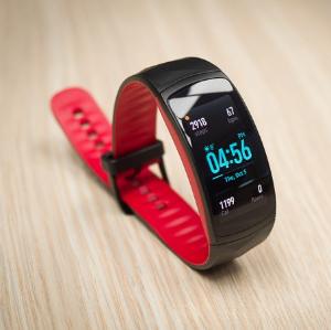 $199.99三星Samsung Gear Fit2 Pro智能手环 黑色/红色