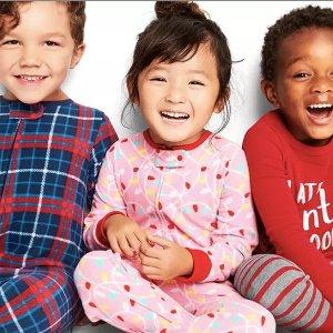 封面款$9.97 + 低门槛包邮卡特姐妹店OshKosh BGosh儿童睡衣、睡袋Doorbuster特卖