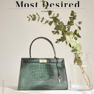 New-In Icon Lee Radziwill Handbags @ Tory Burch