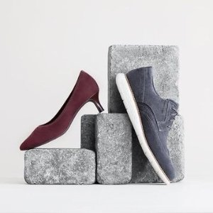 Up to 30% Off + $25 Off With $100 PurchaseSelect Items Sale @ Rockport