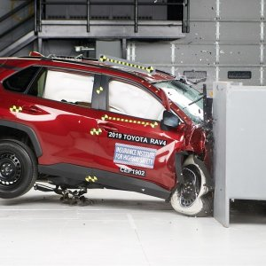 科学选车 买前必看IIHS认证 这些紧凑型SUV安全