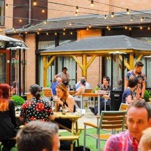 双人间一晚£69起 含早晚餐Pendulum Hotel 曼城市中心酒店促销 距离火车站仅400米
