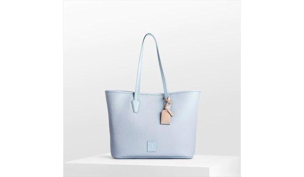 .com |Hamptons Tote in Ice Blue Handbags
